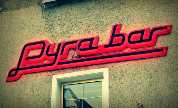 pyra bar 1