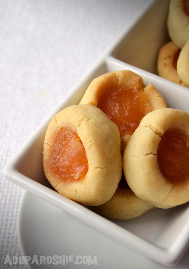 wciskane ciasteczka z dżemem cytrynowym z likierem miodowym
